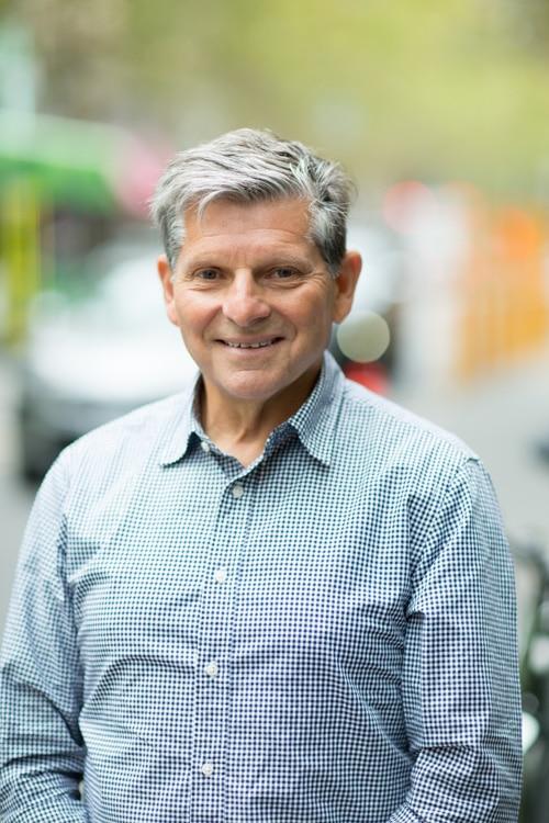 Dr Philip Perlstein
